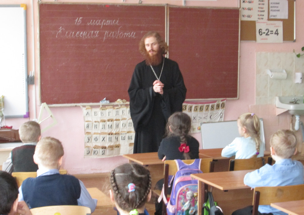 День православной книги на приходе Владимирского храма поселка Индустрия